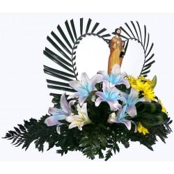 Arreglo Floral con globo peluche
