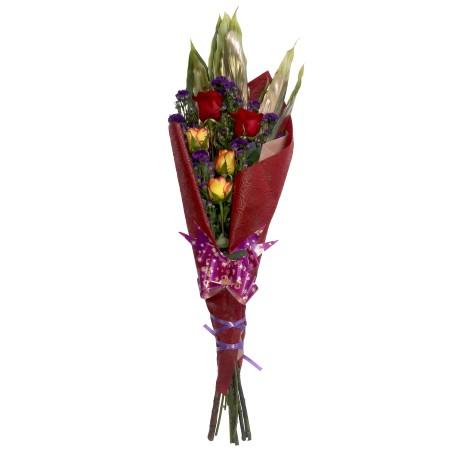 Ramo 12 rosas con globos metálicos